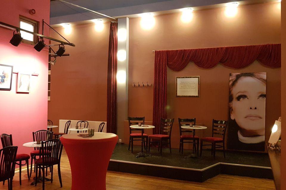 Volksbühne Michendorf - Foyerbühne, Foto: stageworkers