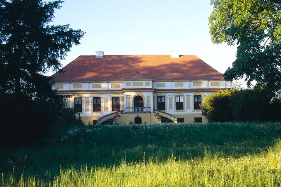 Schloss Caputh - Außenaufnahme, Foto: SPSG/Hans Bach