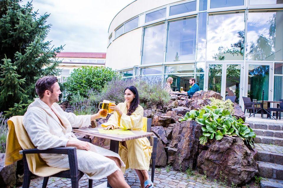 Saunagarten in der Fläming-Therme, Foto: Fläming-Therme Luckenwalde