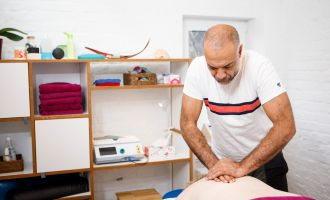 Capuvita - Praxis für Physiotherapie und Osteopathie Mirka Just-Kuchenbuch, Foto: Maria Parussel